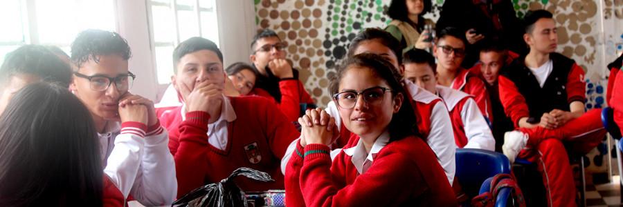 Ciencia javeriana llega a semillero estudiantil en Usme